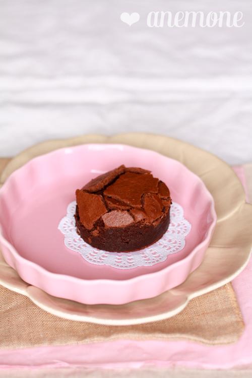 Flourless chocolate cake: la torta al cioccolato senza farina di Primrose Bakery