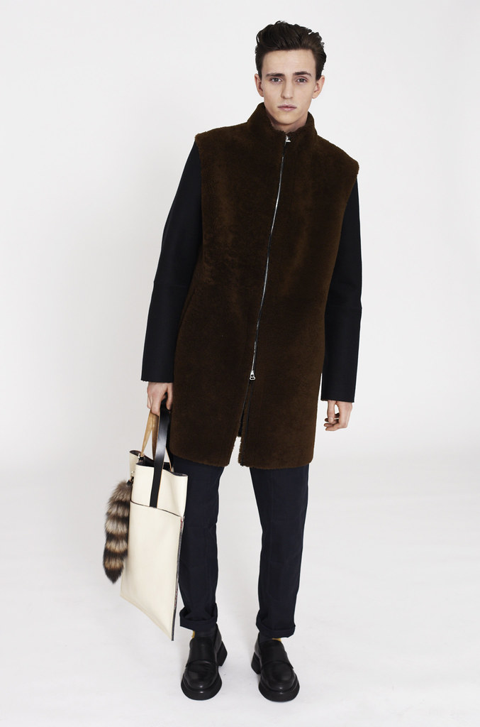 Alex Dunstan0216_Marni F​W12 Lookbook(Fashionisot)