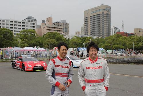 柳田真孝選手(左)と松田次生選手
