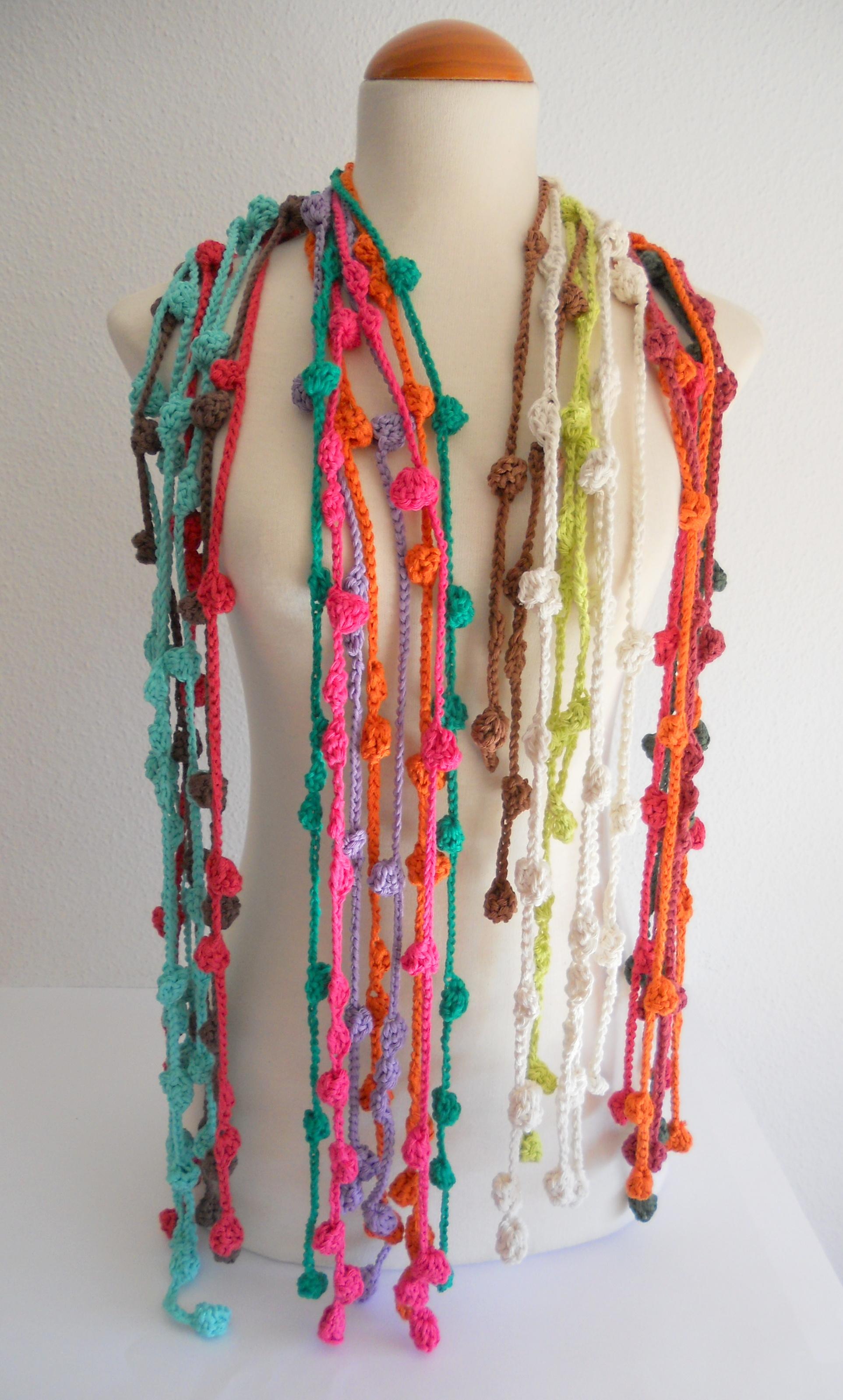 collares de varios colores