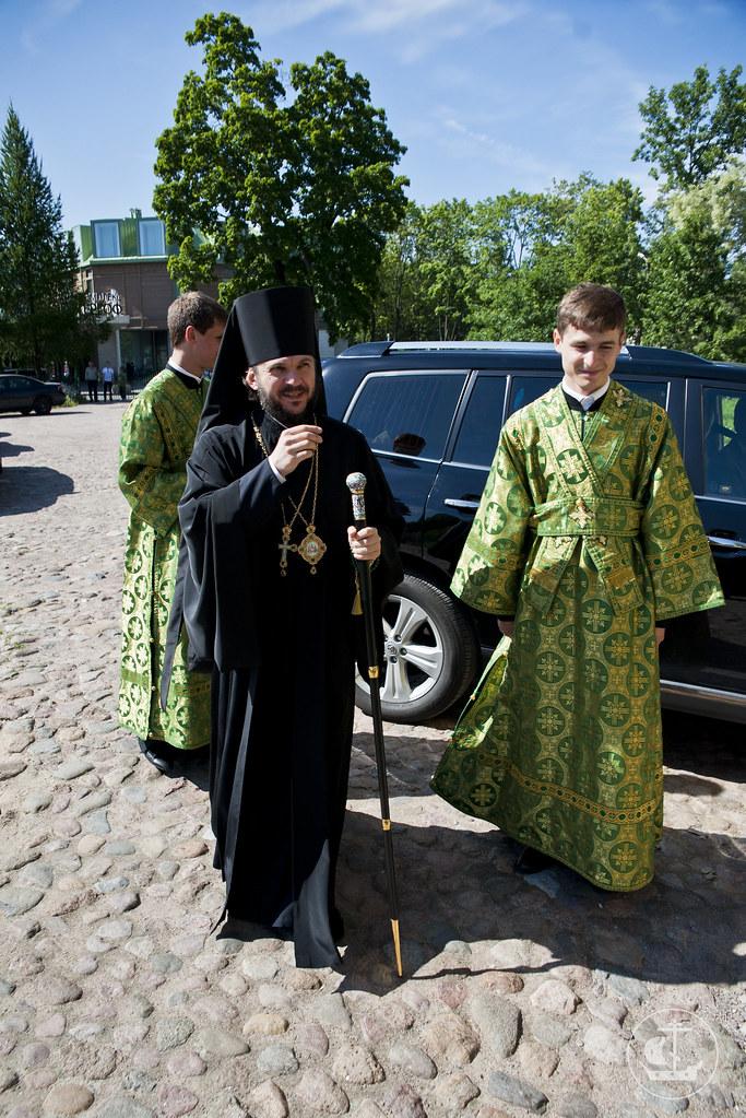 22 июня 2013, Всенощное бдение в Петропавловском соборе Петергофа