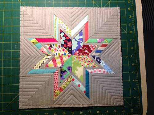 Paper pieced lone starburst