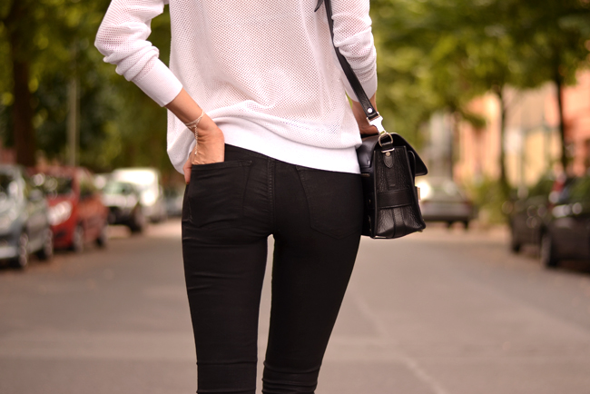Black White Outfit J Brand Sojeans Sporty Look 4