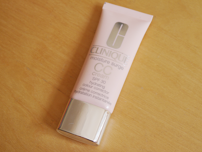 clinique moisture surge cc cream review very light 2