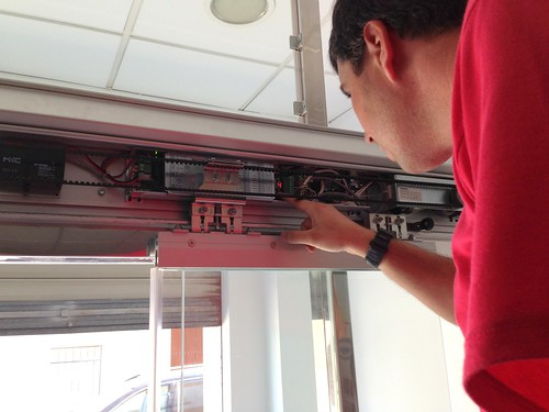 programacion puerta automatica