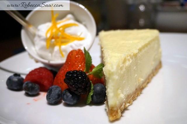 Arthurs Bar Shangri-la hotel KL - desserts - cheesecake