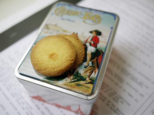10-11 butter cookies