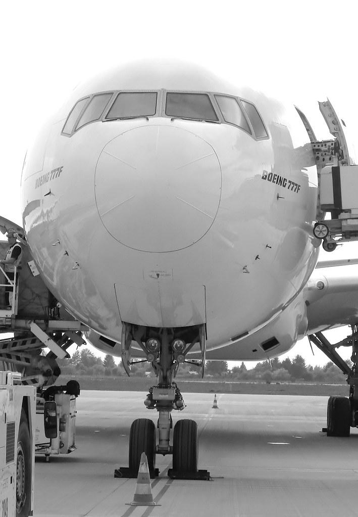 """""""A380  i B777F Emirates w Warszawie"""""""