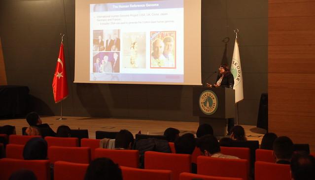 Üsküdar Üniversitesi'nde genetik ve biyoteknoloji konuşuldu 3
