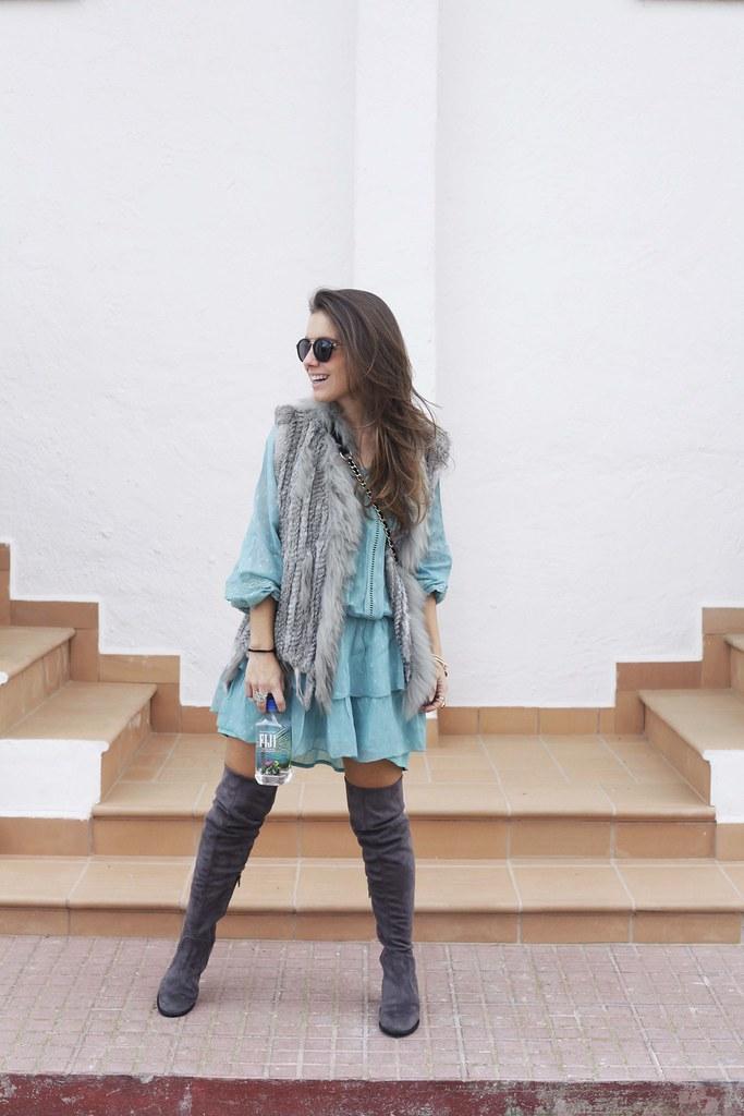 010_vestido_turquesa_y_botas_altas_girses_casual_look_theguestgirl_fashion_blogger_barcelona