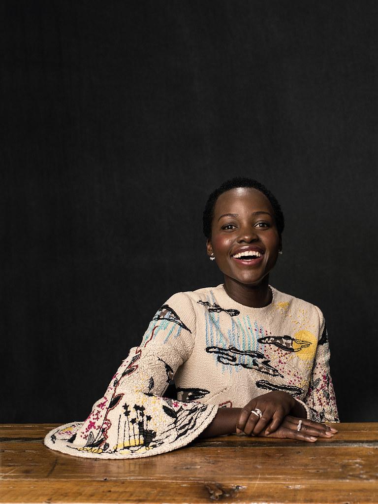 Люпита Нионго — Фотосессия для «Королева Катве» на «TIFF» 2016 – 9