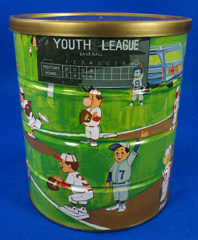 RD14955 Vintage 1966 Butter-Nut 3 lb Coffee Can Youth League Baseball Plastic Lid DSC06641
