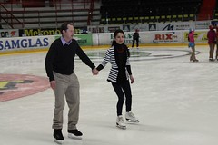 long track speed skating(0.0), skating(1.0), ice dancing(1.0), winter sport(1.0), sports(1.0), recreation(1.0), outdoor recreation(1.0), ice skating(1.0), ice rink(1.0), figure skating(1.0),