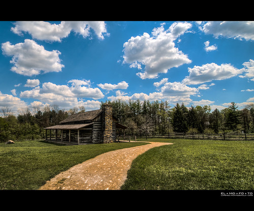 blue trees ohio chimney sky green beautiful grass stone clouds fence landscape log cabin path cincinnati peaceful fav20 boulder dirt porch cumulus serene tall rockingchair curve solitary idyllic hdr highdynamicrange msm 1000v fav10 tonemapping juici abnerhollow elmofoto lorenzomontezemolo