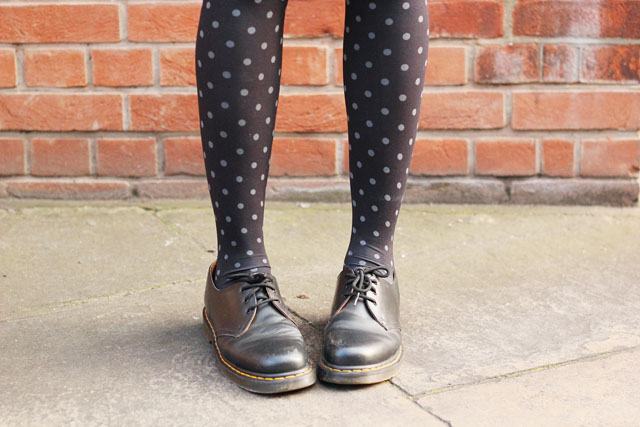 dr martens polka dot tights