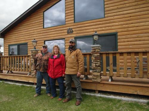 Bobs Hunting Lodge- Bob, Robyn & Carmelo