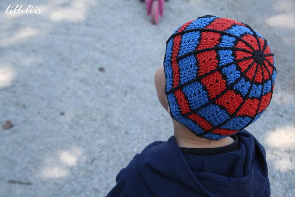 Crochet Spiderman hat  24a5c27bece
