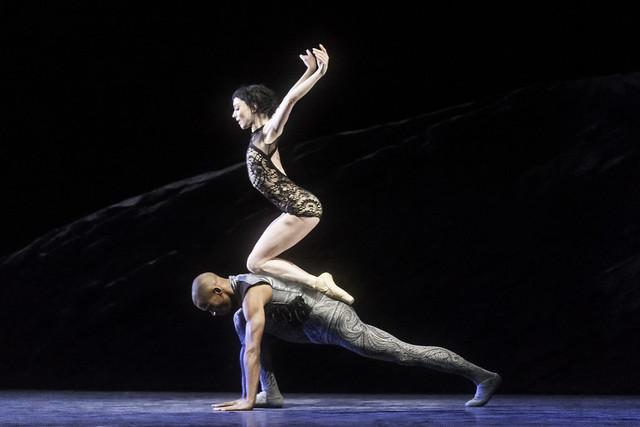 Sarah Lamb as Raven Girl and Eric Underwood as the Prince in Raven Girl © ROH / Johan Persson 2013