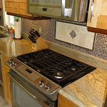Full size gas stove with high power burner