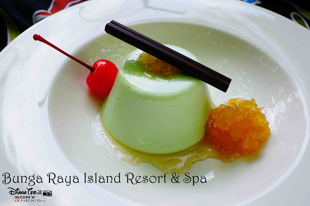 Bunga Raya Island Resort & Spa 13
