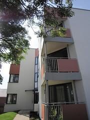 Meon_Grove-flats-corner