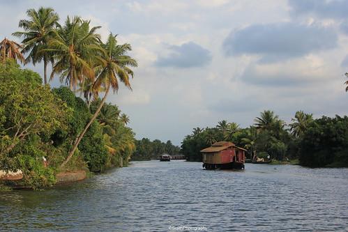house boat kerala alapuzha