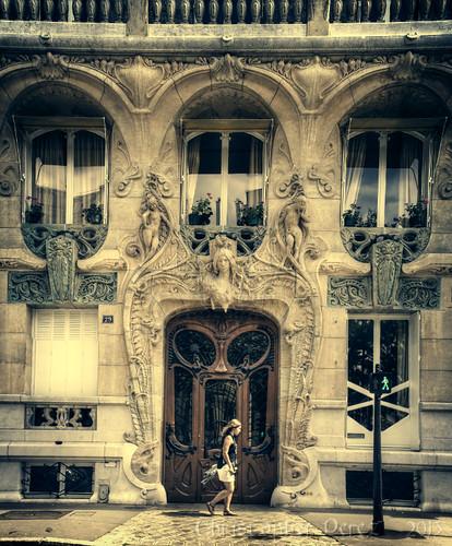 la porte des portes ~ rue Rapp