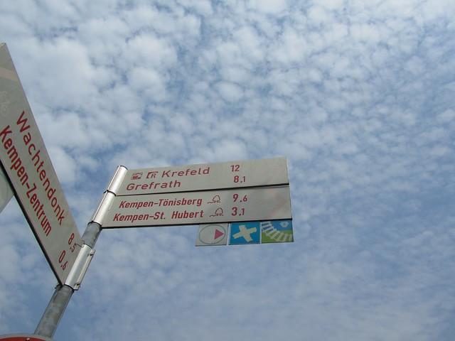 Der BahnRadweg im Kreis Viersen soll es heute sein. 125 angeblich voll ausgeschilderte Kilometer.