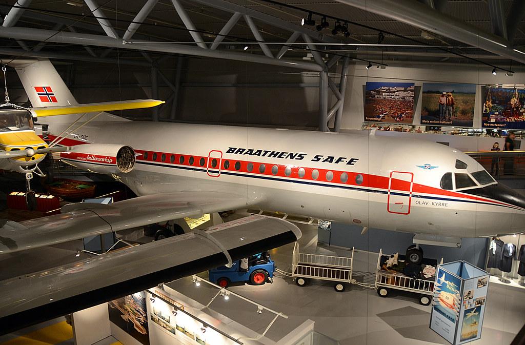 LN-SUC / Fokker F28-1000 / Braathens SAFE.