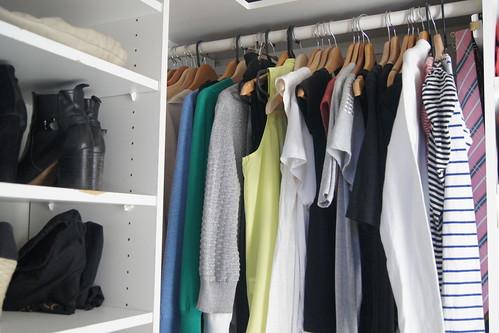 wardrobe declutter DSC03175