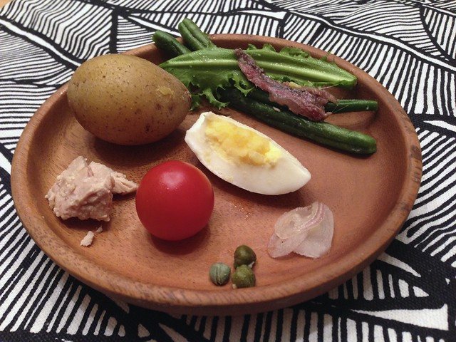 Salade Niçoise components