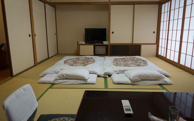 Hotel room (J-style)