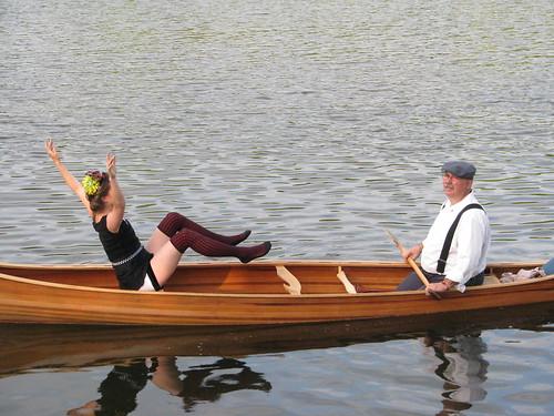 Canoe dancing