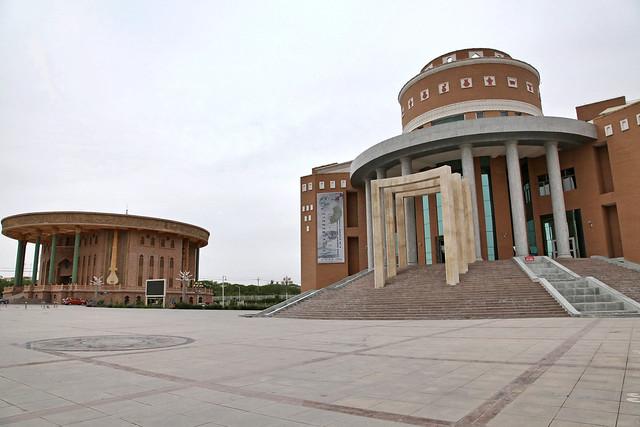 Hami museum and Muqam heritage center, Kumul (Hami) ハミ、ハミ博物館とムカム伝承館