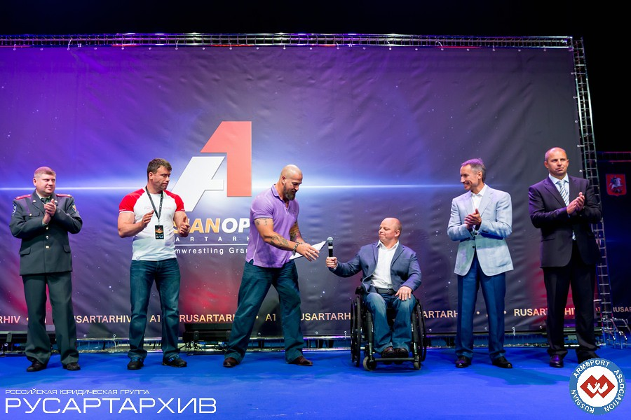 Nicholas Mishta, Sergey Badyuk, disabled person, Alexander Filimonov │ A1 RUSSIAN OPEN 2013, Photo Source: armsport-rus.ru
