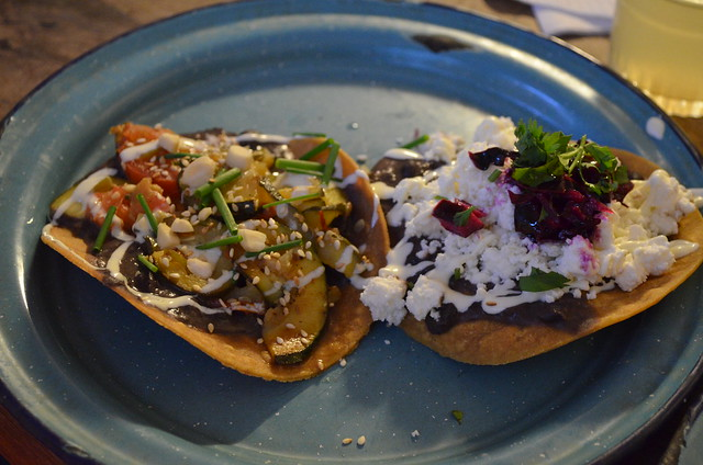 paris_candelaria_tostadas_vegetables_cheese
