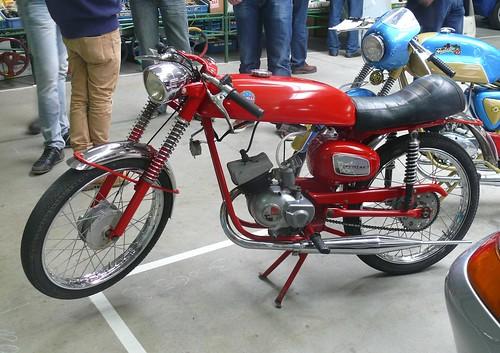 Benelli Super Sprint 4V red l