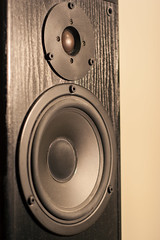 studio monitor, loudspeaker, electronic device, circle,