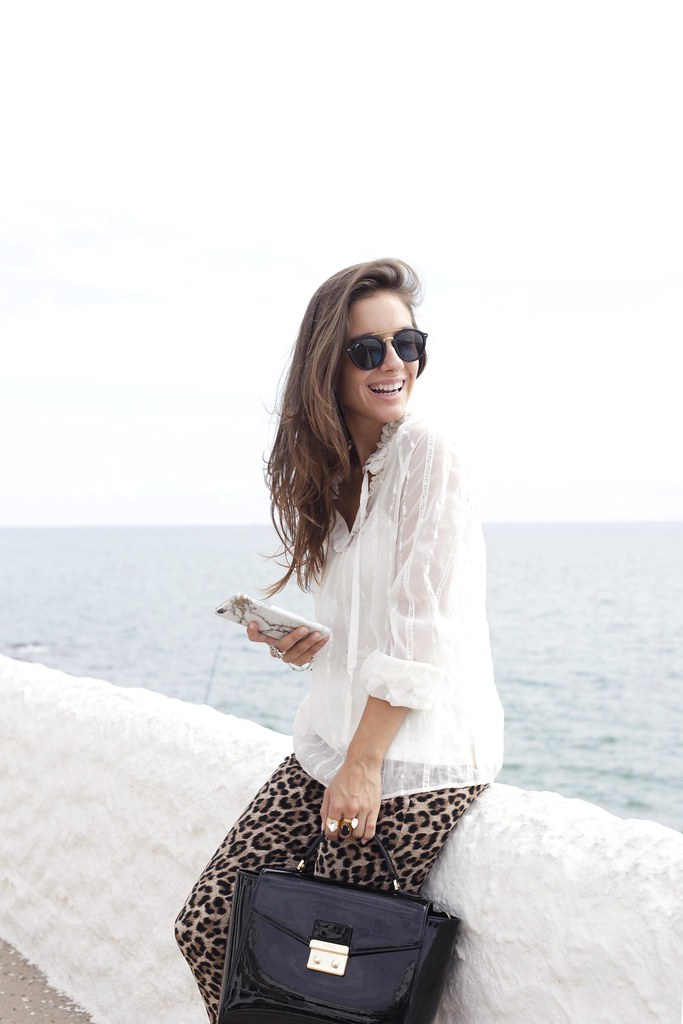 08_Highly_preppy_blouse_and_leopard_pants