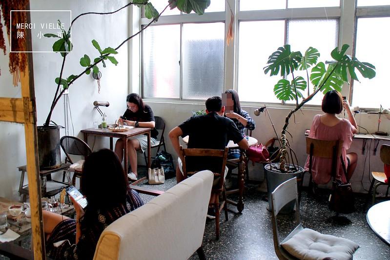 Merci vielle,新北市咖啡館,板橋下午茶,板橋不限時間咖啡館,板橋咖啡館,板橋府中站咖啡館,板橋甜點,板橋蛋糕,老屋咖啡館 @陳小可的吃喝玩樂