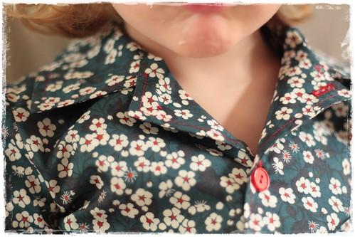kraag aan pyjama