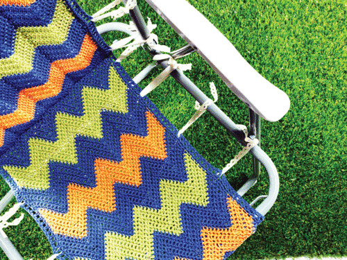 Crochet-camp-chair-by-Helen-Woodward