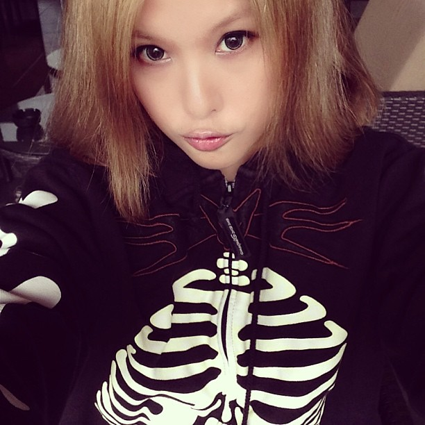 Skeleton day. Cold after-rain morning. Brrrrr..... #jumper #ootd #lotd #lookoftheday #outfitoftheday #winter #jacket #fashion #clozette #skeleton #timburton #nightmarebeforechristmas #disney
