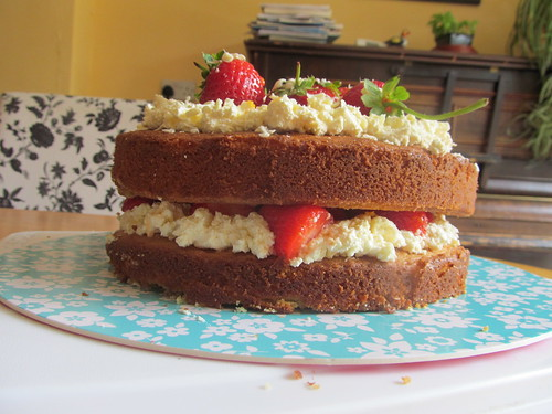 Strawberry & White Chocolate Cream Cake