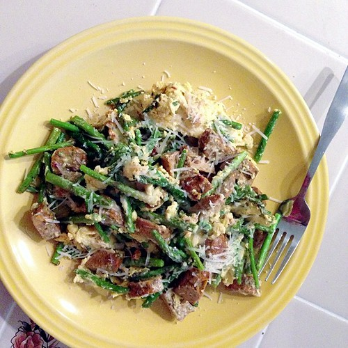 Two days in a row. Asparagus, egg beaters (not because I'm opposed to eggs), and chicken sausage. #pictapgo_app