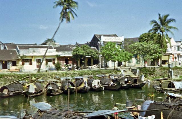 Sam Pan alley across river, Hue