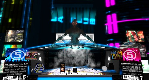 Dje Atolia at La Club! by ZZ Bottom