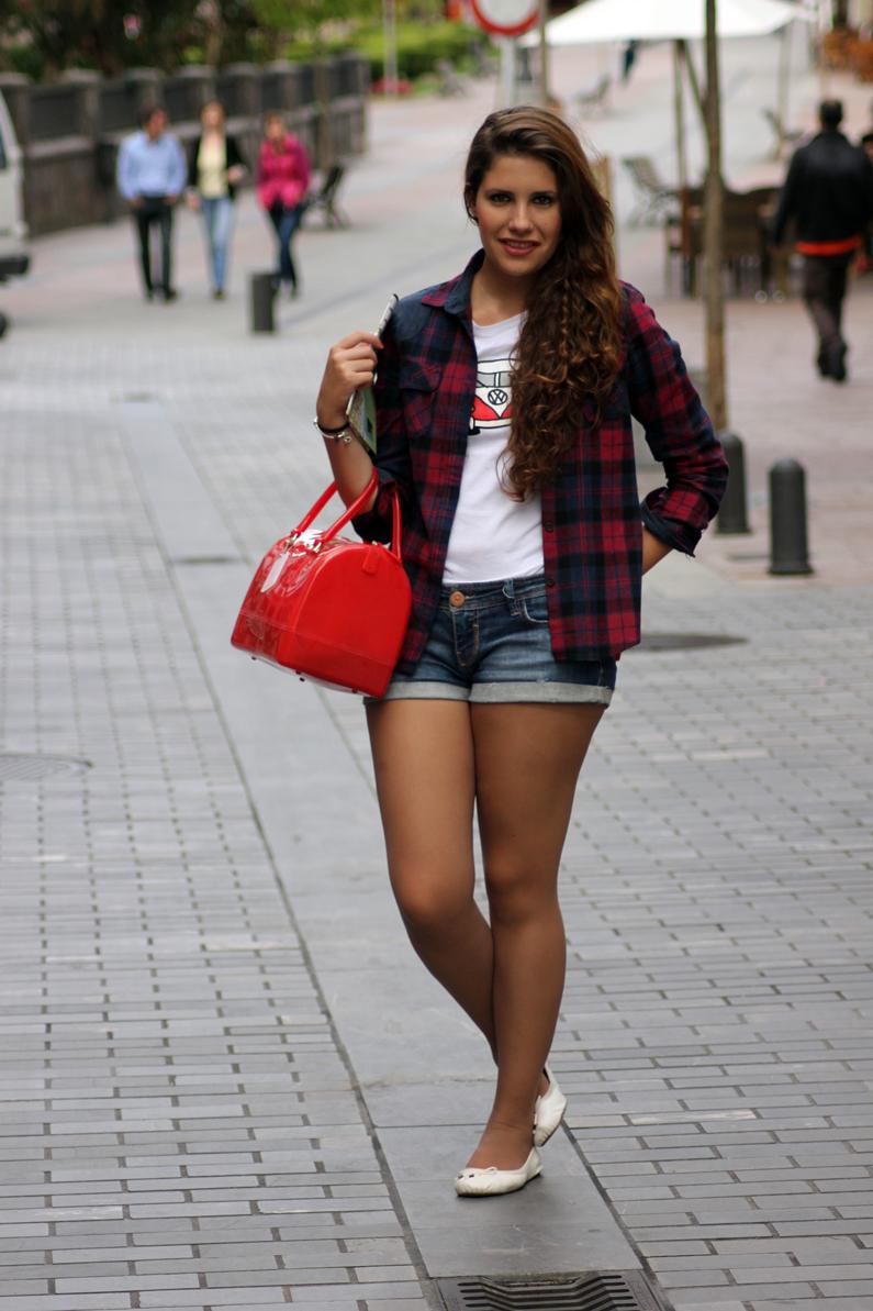 look-turismo-camisa-de-cuadros-cangas-de-onís-(5)