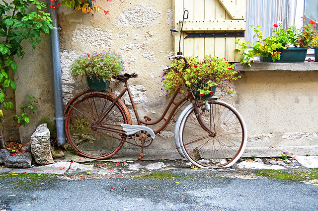 Bicycle, Issigeac Market, Dordogne, France