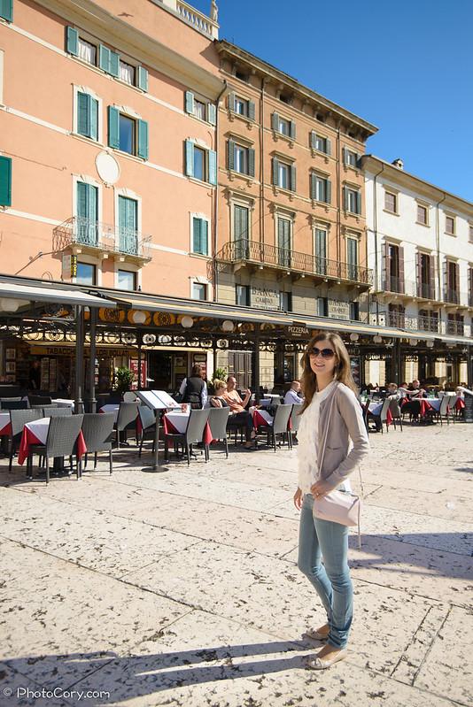 Piazza Abra, Verona